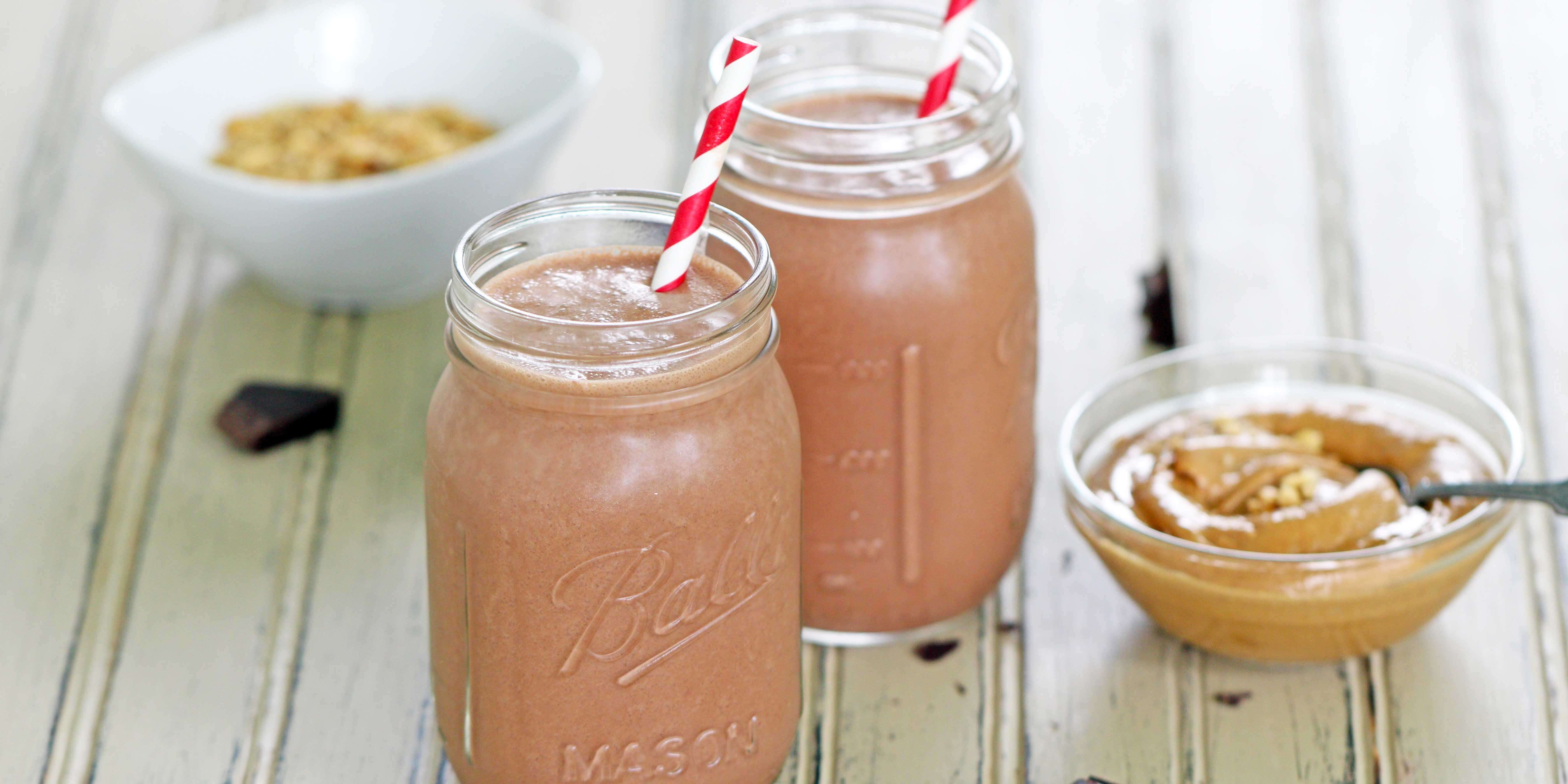 Peanut Butter-Chocolate Protein Smoothies | SOLA