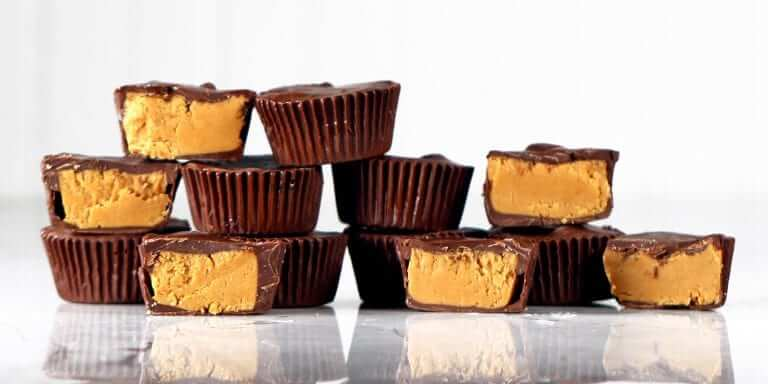Chocolate-Peanut Butter Cup Fat Bombs